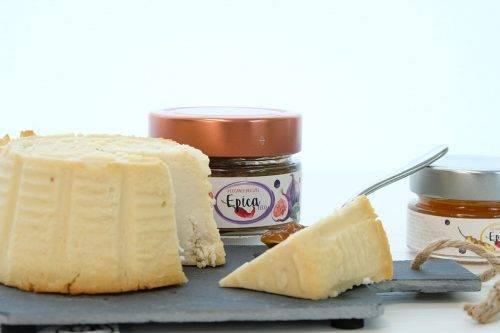 formaggio e marmellata di peperoncino epica